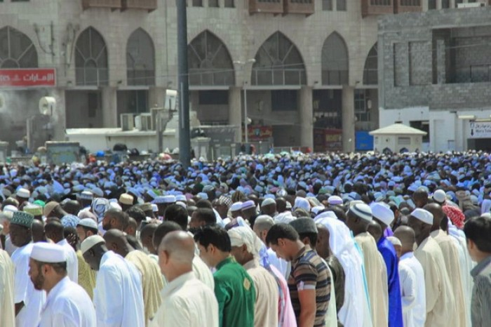 Niat Sholat Jumat Lengkap : Imam, Makmum, dan Sunnahnya