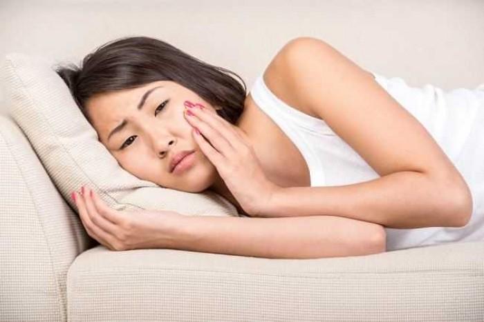 Obat Gusi Bengkak Ala Rumahan dan Resep Medis