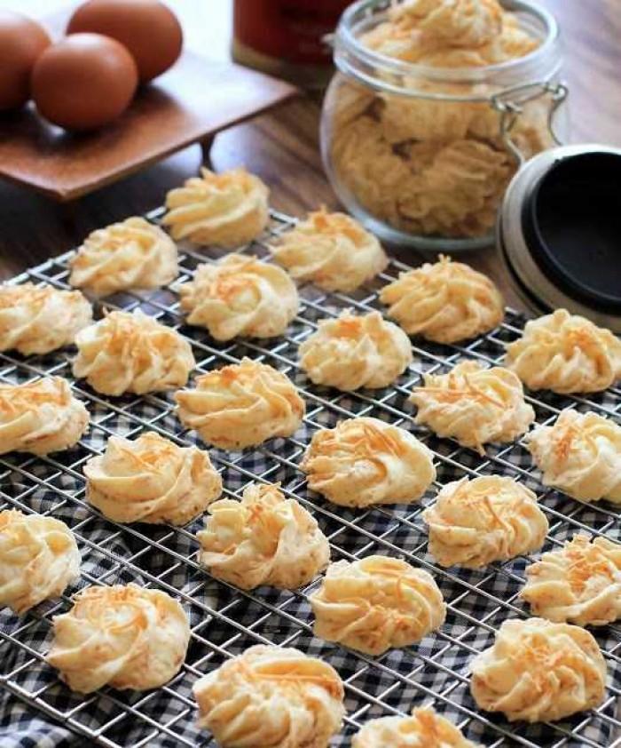 Resep Kue Sagu Keju Sederhana dan Kue Sagu Keju Premium