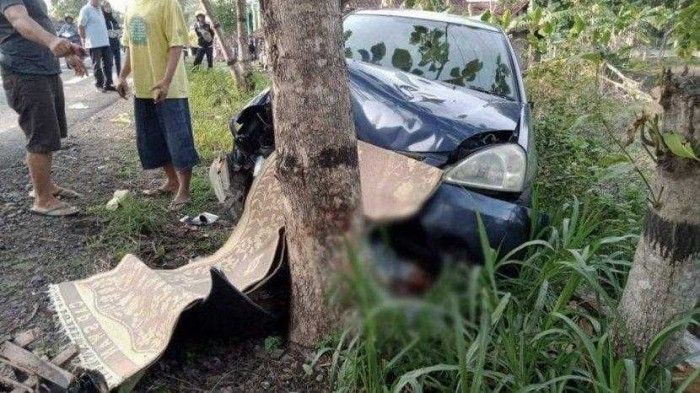 Kecelakaan Mobil Angkut 18 Siswa SD Terguling Diduga Alami Rem Blong