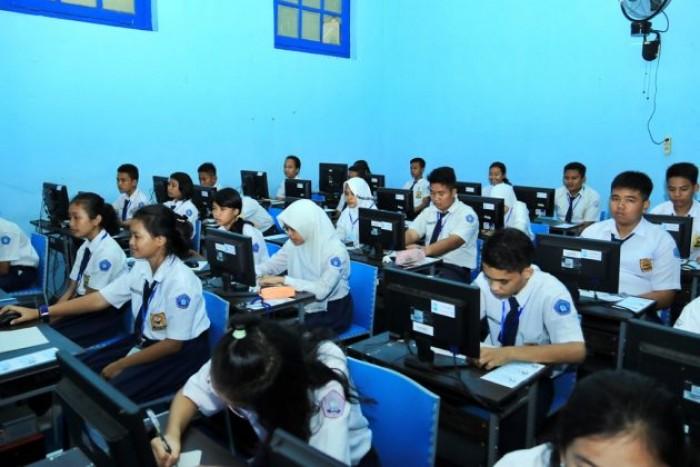 Download Soal Bahasa Indonesia Kelas 7 Semester 1 dan Semester 2
