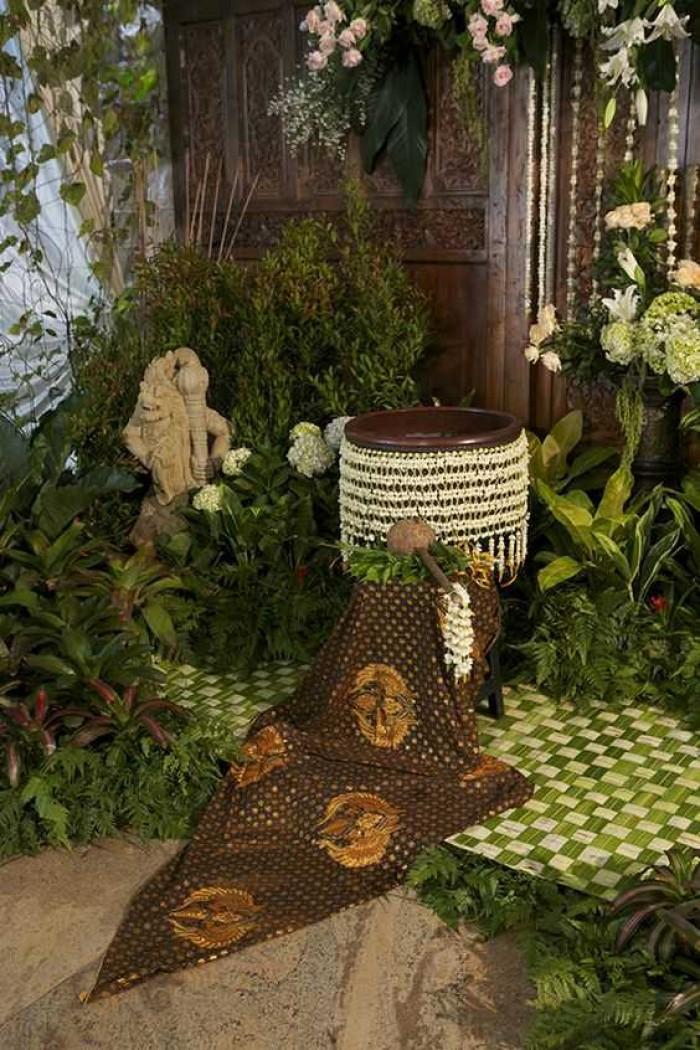 Ritual dan Hukum Syariat dalam Acara 7 Bulanan Adat Jawa