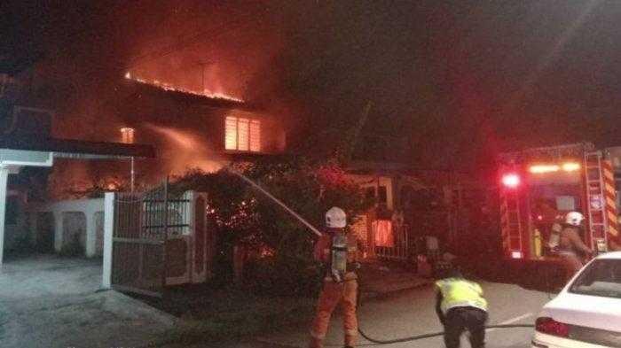 Charge HP Pakai Charger Abal-abal, 3 Rumah Ini Alami Kebakaran