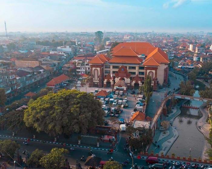 7 Tempat yang Tepat Untuk Belanja Sandal Bali Murah