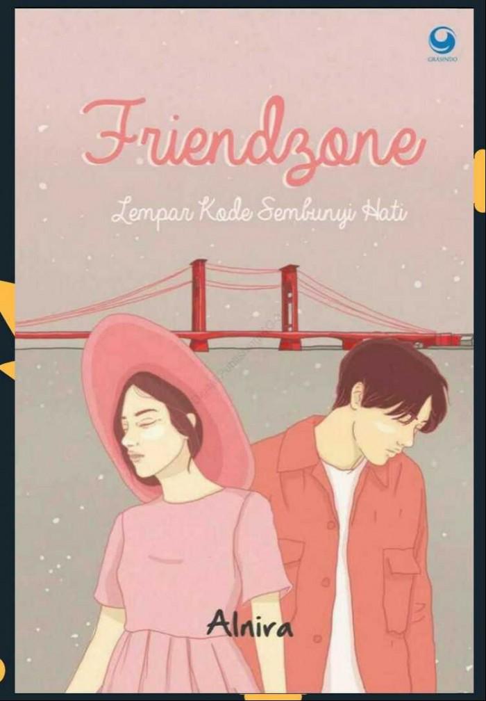 Dear Para Pecinta Novel, Deretan Novel Romantis Ini Bisa Bikin Kamu Baper Abis, Lho!
