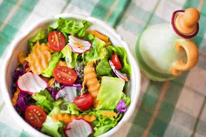 Begini Cara Membuat Salad Buah Sederhana dan Enak