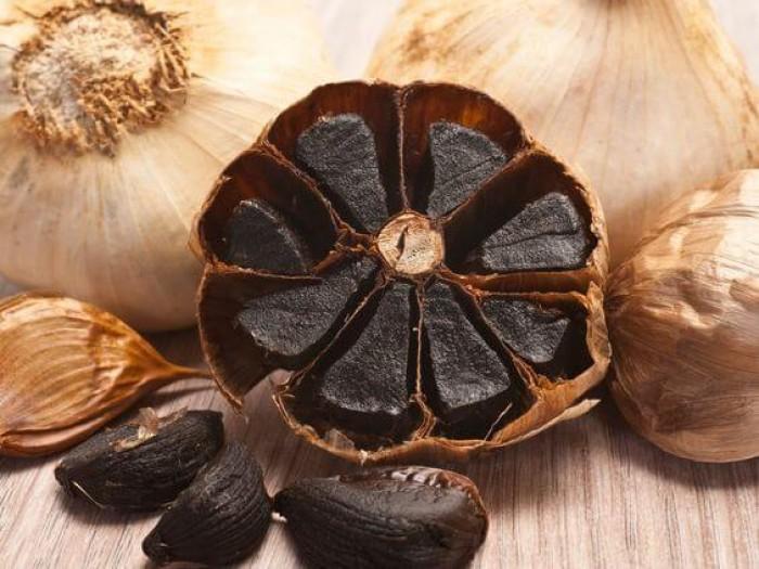 7 Manfaat Black Garlic Bagi Kesehatan dan Kecantikan