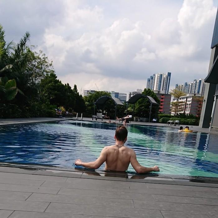 ReviewHotel Boss Singapore, Hotel yang Menyediakan Menu Buffet Halal