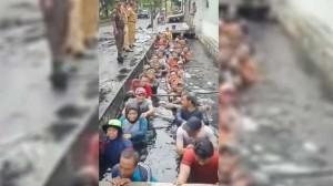 Tes Honorer DKI Masuk Got Untuk Perpanjang Kontrak, Lurah Jelembar Terancam Dipecat