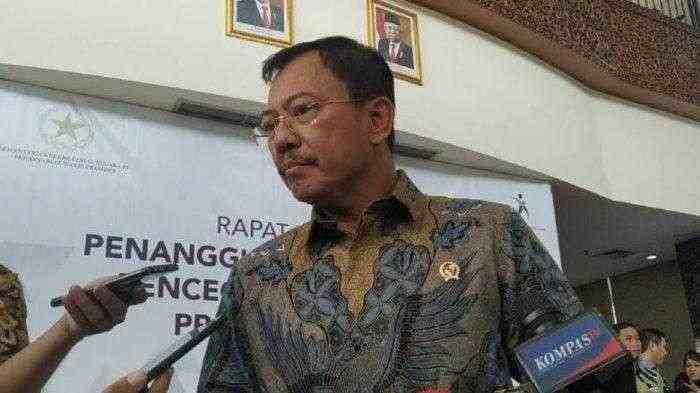 Menkes Ungkap, Ternyata ini Alasan Orang Indonesia Kebal dari Virus Corona