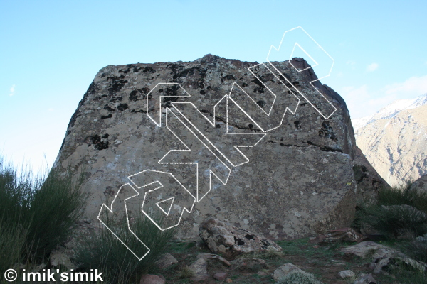 photo of Ugly Boulder from Oukaimeden Bouldering Morocco