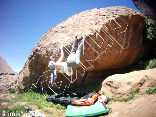 photo of Tarte Tartain from Oukaimeden Bouldering Morocco