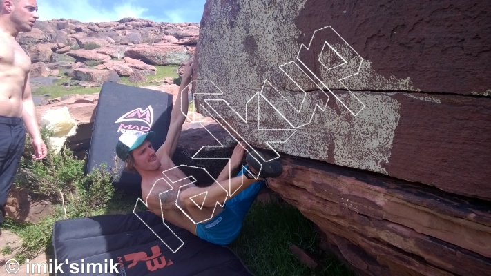 photo of Up & Over from Oukaimeden Bouldering Morocco