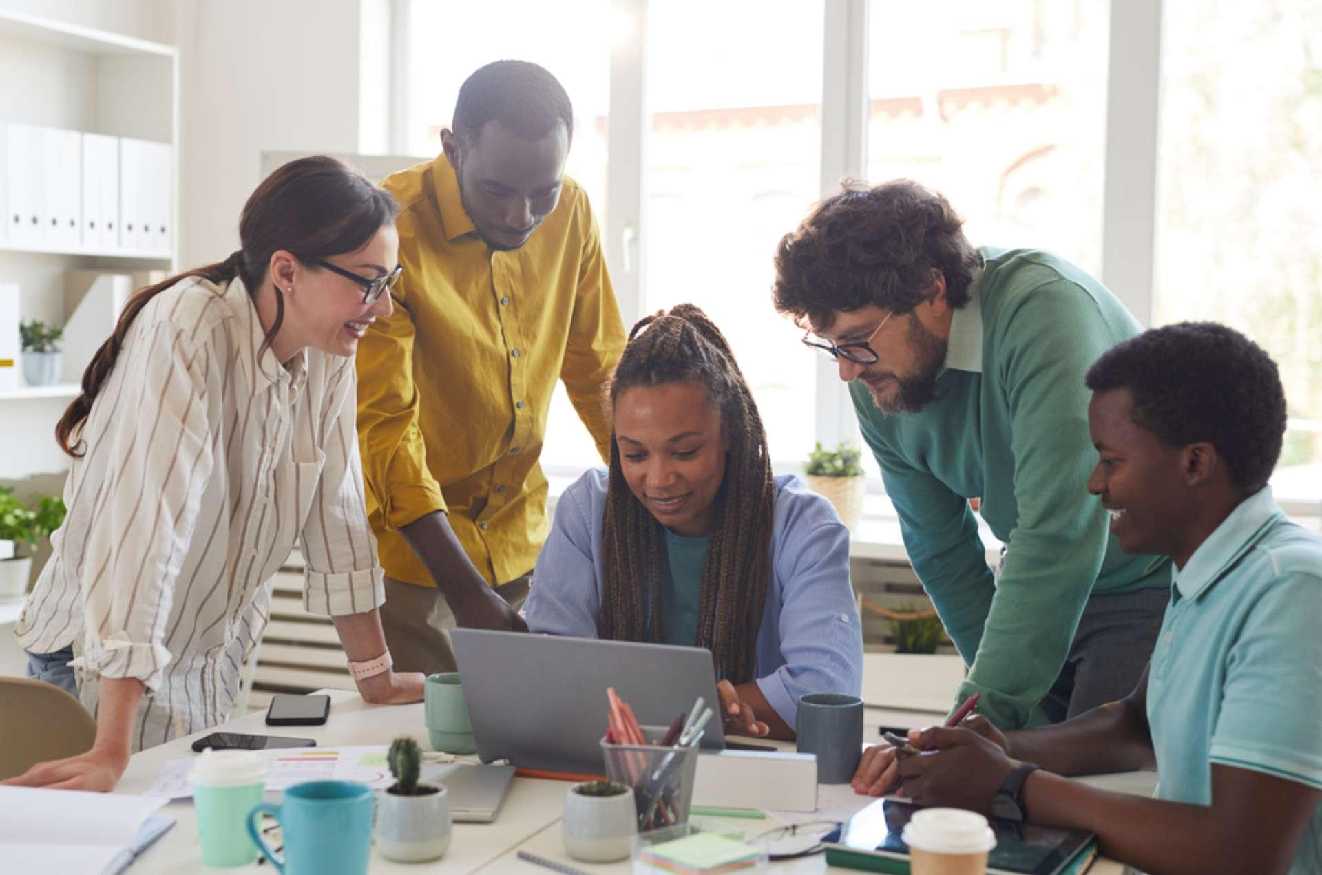 Treinamento em diversidade e inclusão: 7 atividades que desenvolvem os colaboradores
