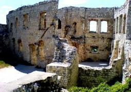 Ruiny z bliska