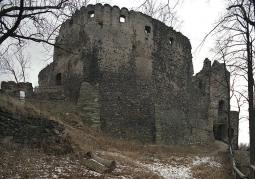 Wejście do górnego zamku