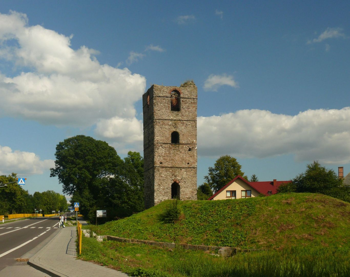 Ruins of the tower in Stołpie