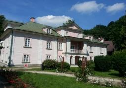 Pałac od strony zachodniej