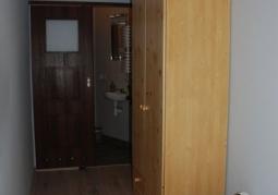 Pokój jednoosobowy z łazienką