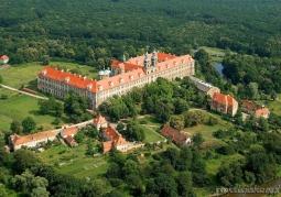 Kompleks klasztorny z lotu ptaka