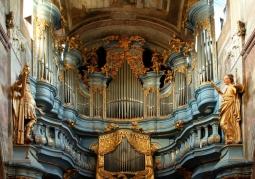 Organy barokowe w kościele przyklasztornym