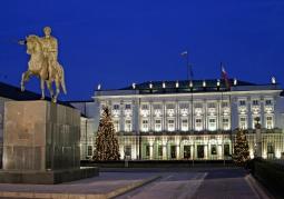 Pałac o zmroku