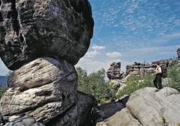Forms of rock pillars