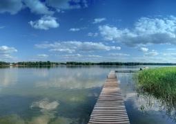 Jezioro Białe widok na molo
