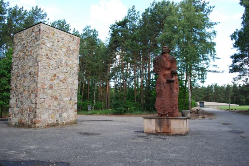 Pomnik pamięci - Sobibór