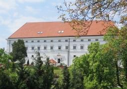 Zamek Królewski wiosną od strony Wisły