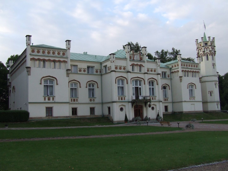 Palace in Paszkówka