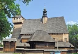 Drewniany kościół w Haczowie