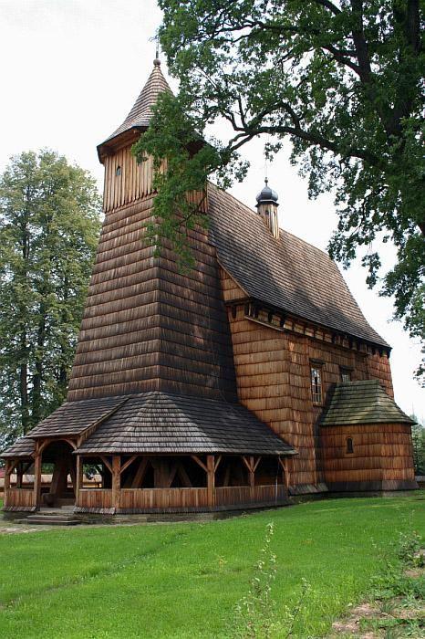 Drewniany budynek kościoła