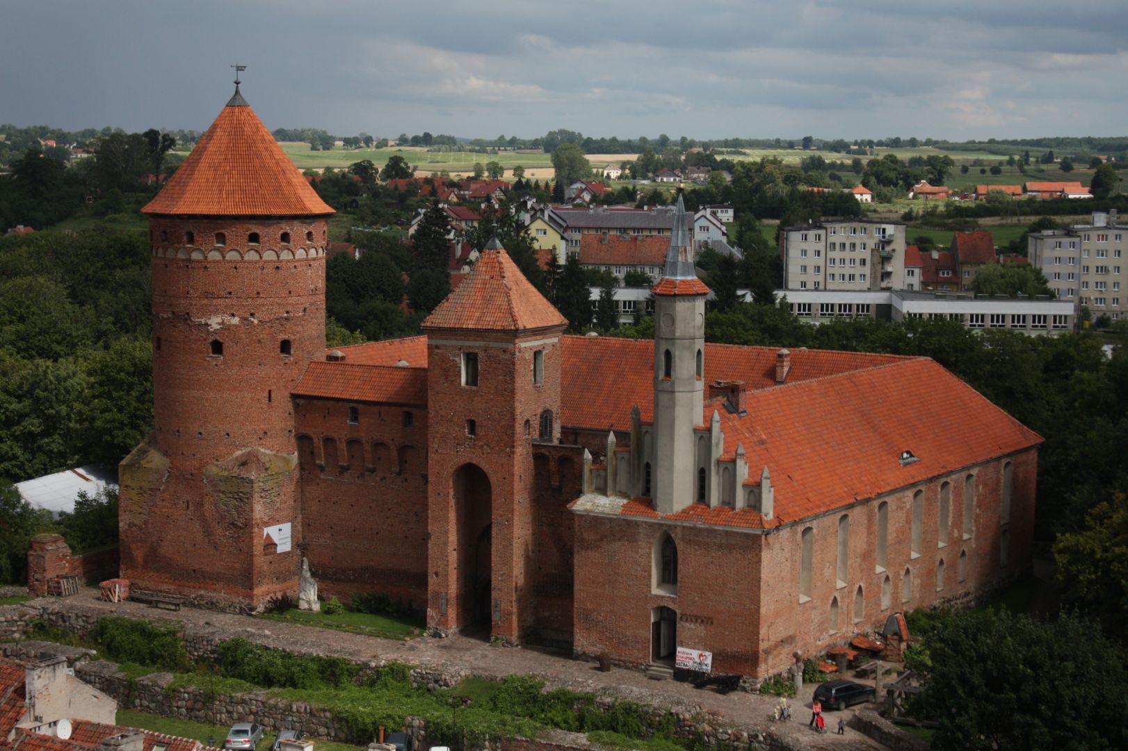 Zamek i okolice