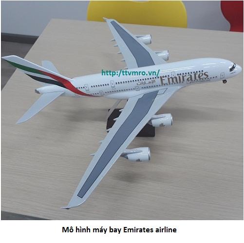 Mô hình máy bay Emirates airline