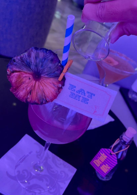 拉斯维加斯|最美水晶灯酒吧🍹竟然有变色酒 图7